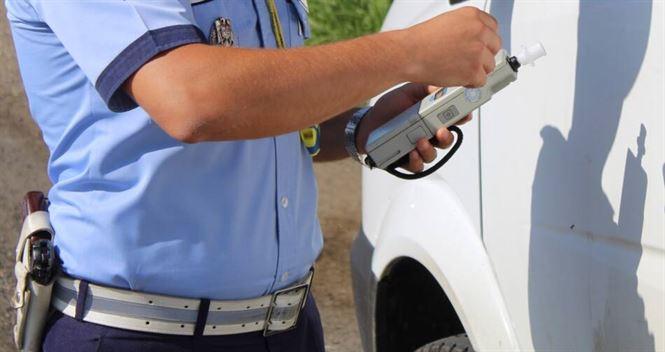 Șofer de 33 de ani depistat băut la volan