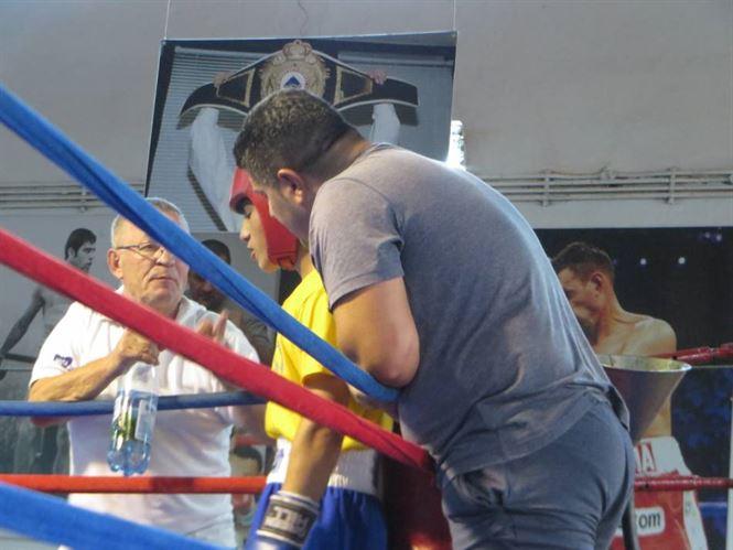 Pugiliștii lotului de juniori s-au pregătit la Brăila