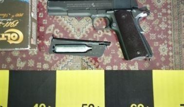 Percheziții în Brăila și alte 4 județe, în dosare penale întocmite la regimul armelor și munițiilor