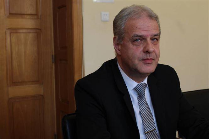 Viorel Botea a contestat în instanță ordinul privind încetarea detașării pe funcția de inspector școlar general