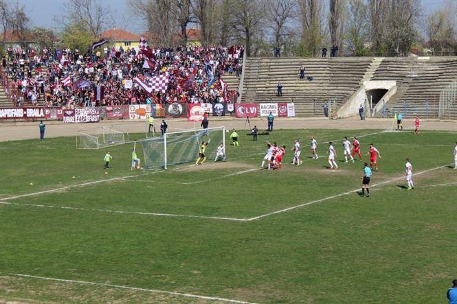 Sportul Chiscani a jucat aproape o oră cu un om mai puțin și a pierdut cu 1-2 în fața Rapidului