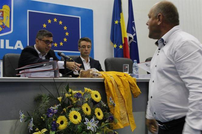 """""""Cozonac și circ"""" în plenul Consiliului Județean Brăila"""