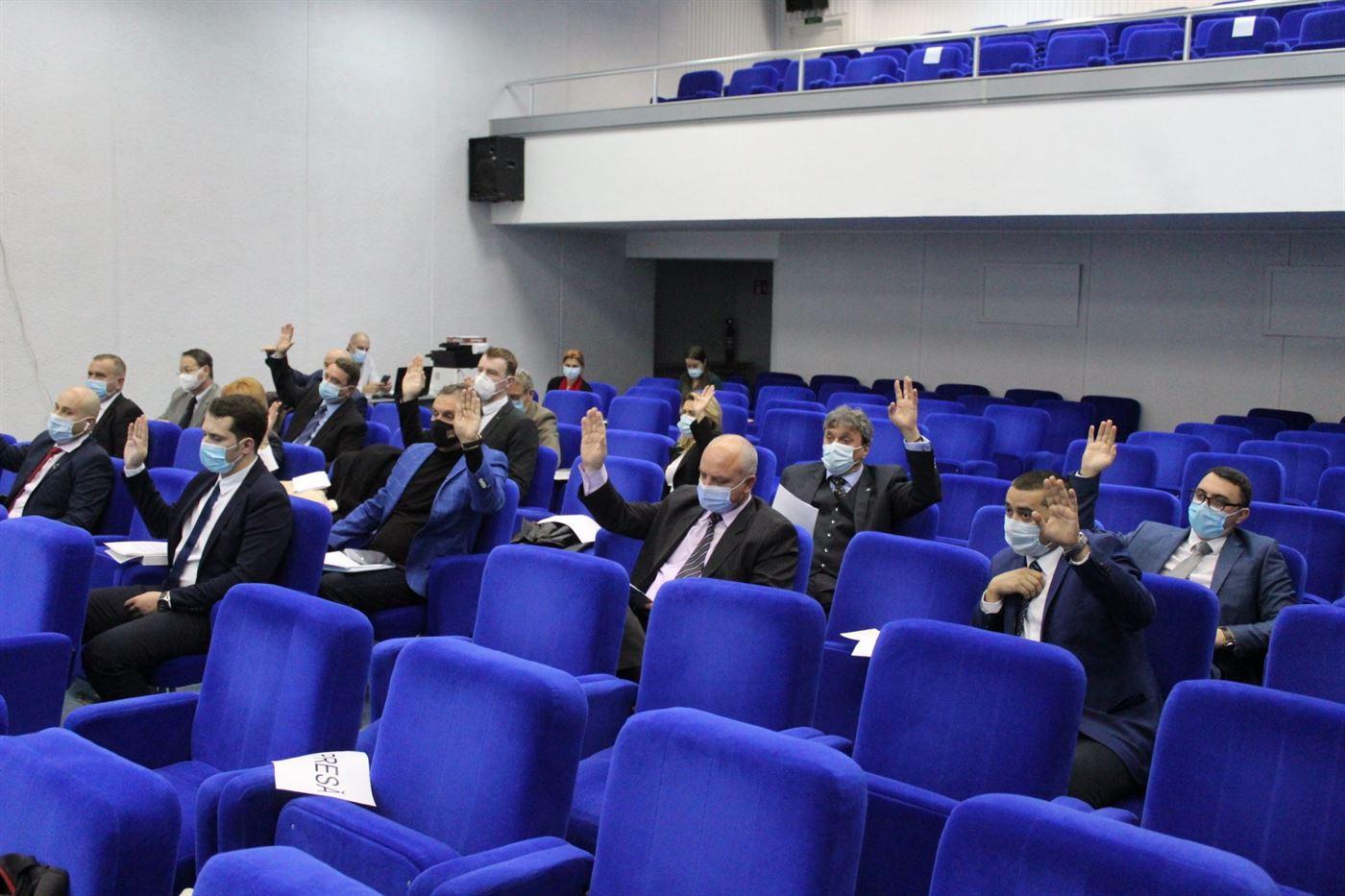 Șase consilieri municipali au depus jurământul în ședința de vineri, 13 noiembrie