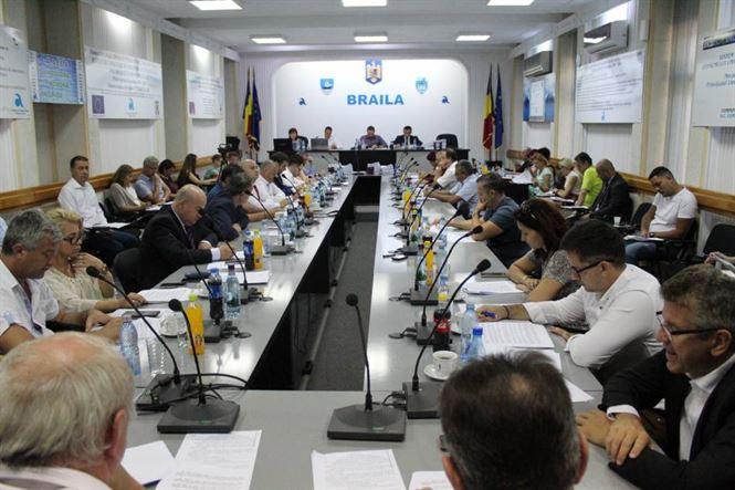 Opoziția din CLM le cere PSD-iștilor să-și asume singuri toate proiectele
