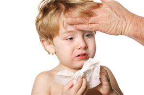 Copiii mici sunt cei mai afectati de virozele respiratorii