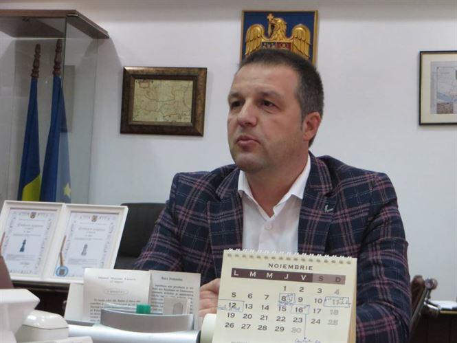 Iluminatul de sărbători din municipiul Brăila, în ton cu sărbătoarea Centenarului