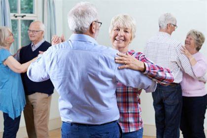Voluntari pentru DANCE 60+