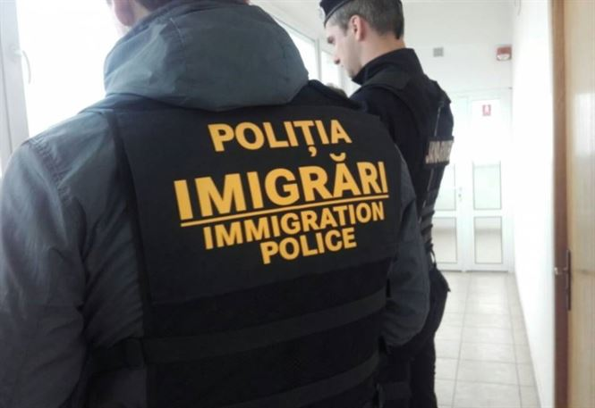 Noi măsuri privind activitatea de relații cu publicul la imigrări