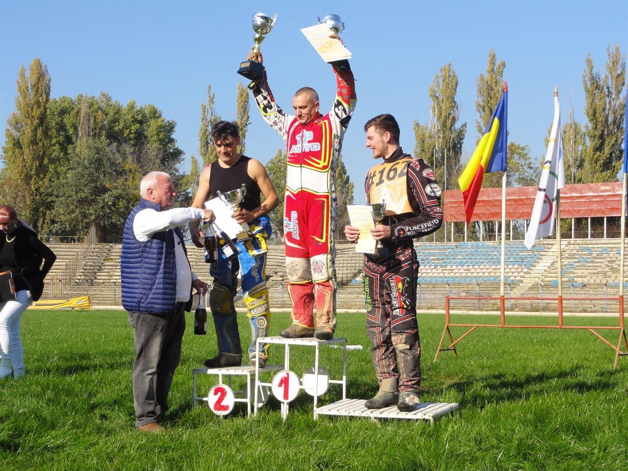Milen Manev lider după cele patru etape desfășurate în cadrul Campionatului național de dirt-track