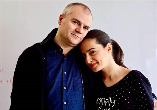 Doi pe un balansoar, o nouă premieră a Teatrului Maria Filotti