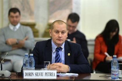 Deputatul Petrea a participat la grupul de lucru pe tema cartonasului galben