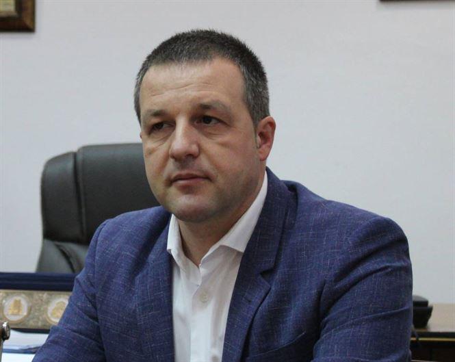 Primarul Marian Dragomir