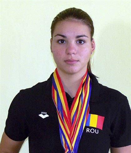 Stefania Ion campioana la triatlon