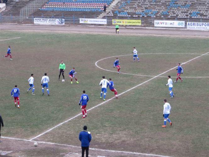 Egal în minutele de prelungiri obținut de Dacia Unirea în meciul cu Luceafărul Oradea