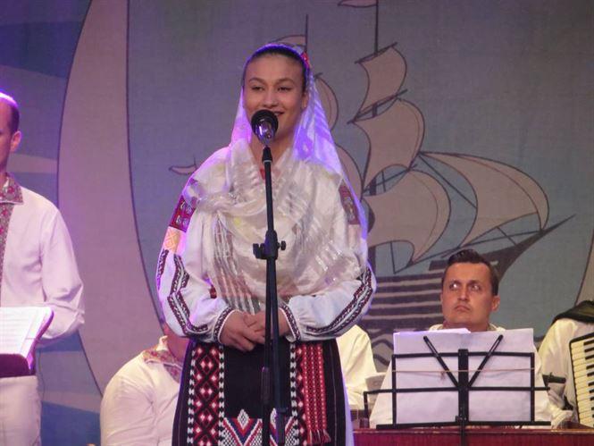 """Prima seara a FestivaluluiInternaţional de folclor """"Cântecul de dragoste de-a lungul Dunării"""""""