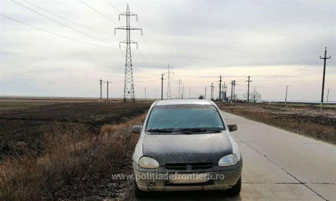 Depistat de polițiștii de frontieră la volanul unui Opel deși nu avea permis