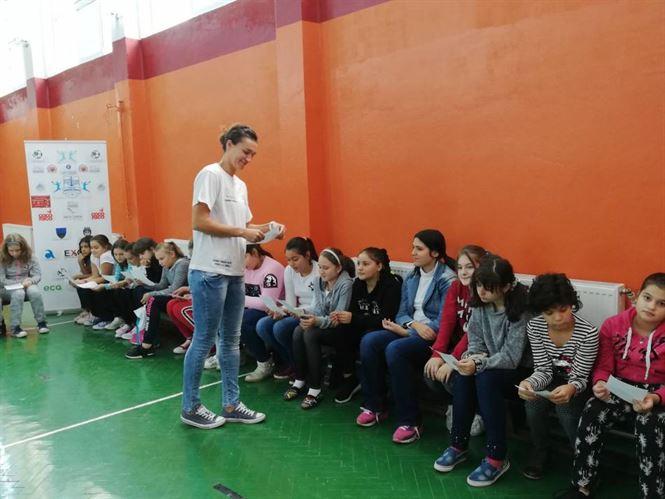 Proiectul România 100- Handbal pentru toți