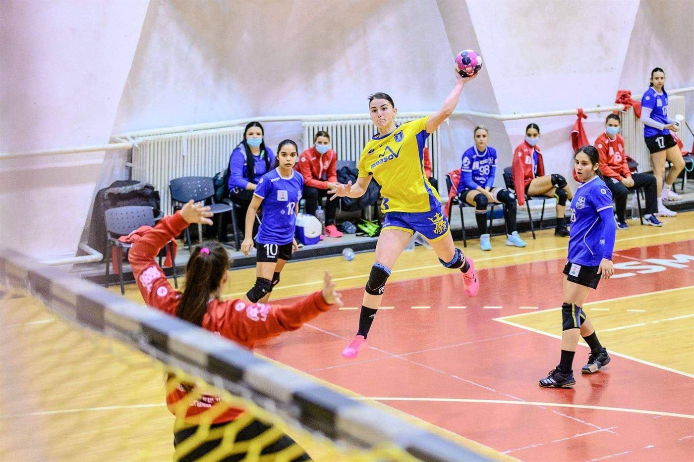 Echipa de Divizia A de la HC Dunărea a pierdut la 8 goluri meciul de debut cu Corona Brașov