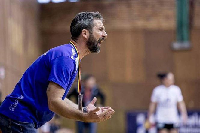 HC Dunarea continua cu Neven Hrupec pe banca tehnica si cu 5 jucatoare noi