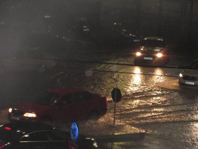 Ploaie torențială în Brăila