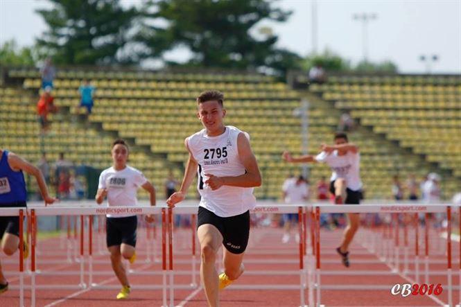 Braileanul Alexandru Iconaru, nou record national la 60 metri garduri juniori 2