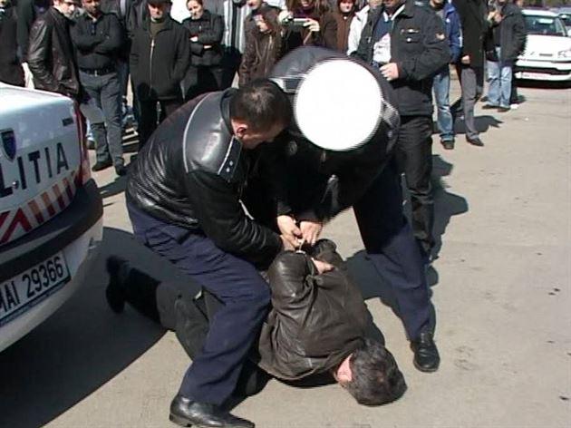 Urmărit la nivel național depistat de polițiștii brăileni