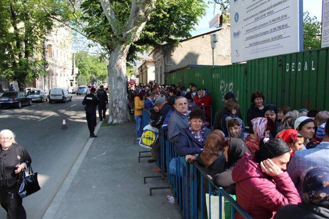 Mii de pelerini la Sărbătoarea Izvorului Tămăduirii