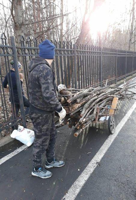 Amenzi de peste 230 mii lei pentru încălcarea prevederilor privind curățenia pe domeniul public