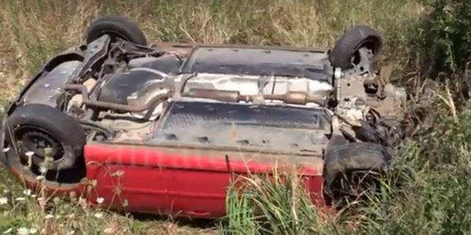 S-a răsturnat cu mașina în șanț, în zona localității Baldovinești