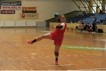 Fetele de la LPS Braila joaca astazi in semifinalele campionatului de junioare II cu LPS Slatina