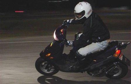 Dosar penal la 18 ani pentru conducerea unui moped fără permis