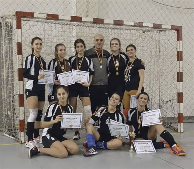 Echipa Colegiului Murgoci a castigat faza judeteana a ONSS la handbal fete liceu