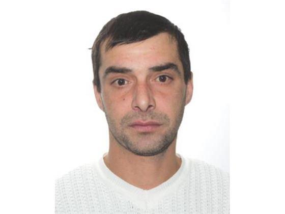Polițiștii caută un bărbat de 41 de ani dat dispărut
