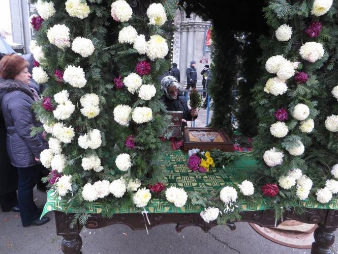 Mii de brăileni prezenți la cinstirea Sf. Nicolae