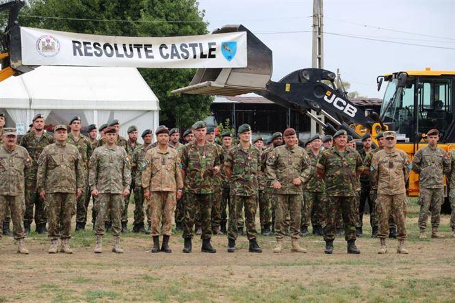 Festivitate premiere militari participanți la exercițiul Resolute Castle 19