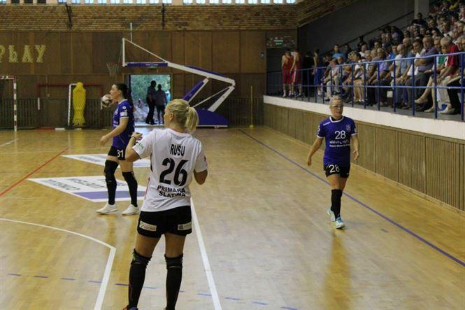 Alina Czeczi și Bianca Tiron au marcat împreună 20 de goluri pentru Dunărea Brăila în victoria cu 34-21 în fața celor de la CSM Slatina