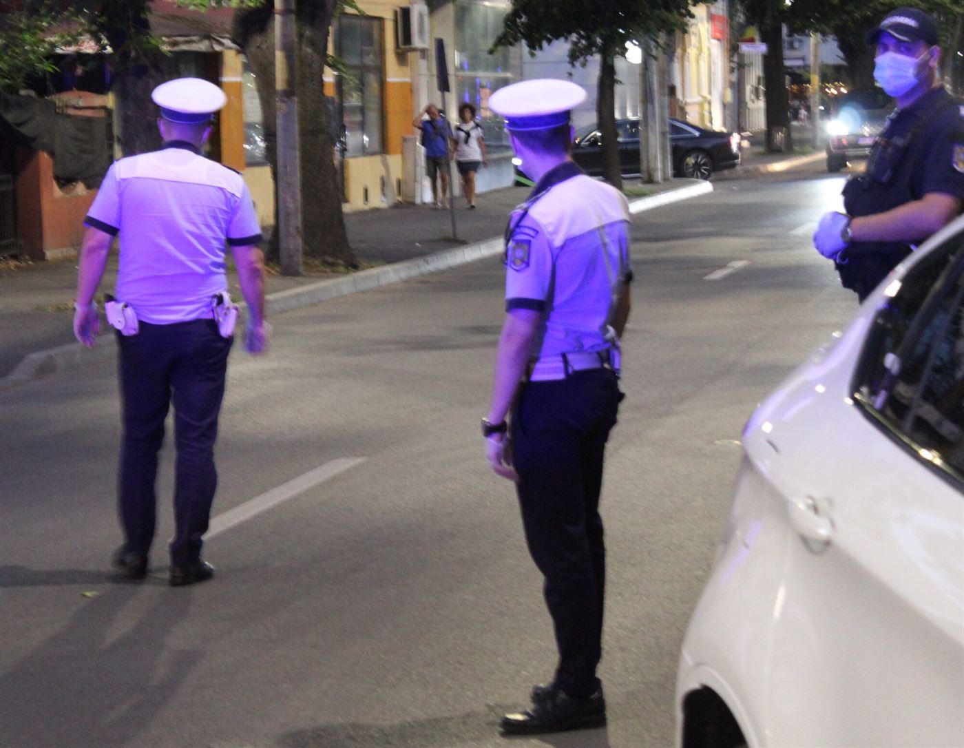 Polițiștii au verificat măsurilor instituite ca urmare a prelungirii stării de alertă.