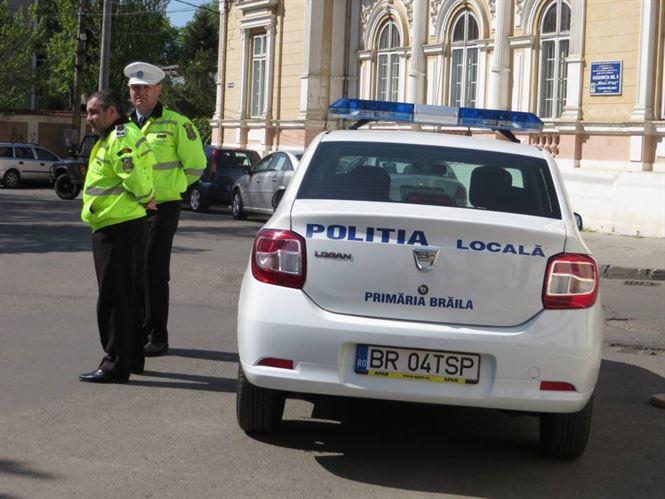 Aproape 100 de sanctiuni aplicate de Politia locala pentru nerespectarea normelor rutiere privind oprirea, staţionarea şi accesul interzis
