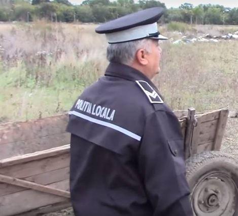Amenzi de câte 1.000 de lei pentru aruncarea gunoiului pe domeniul public