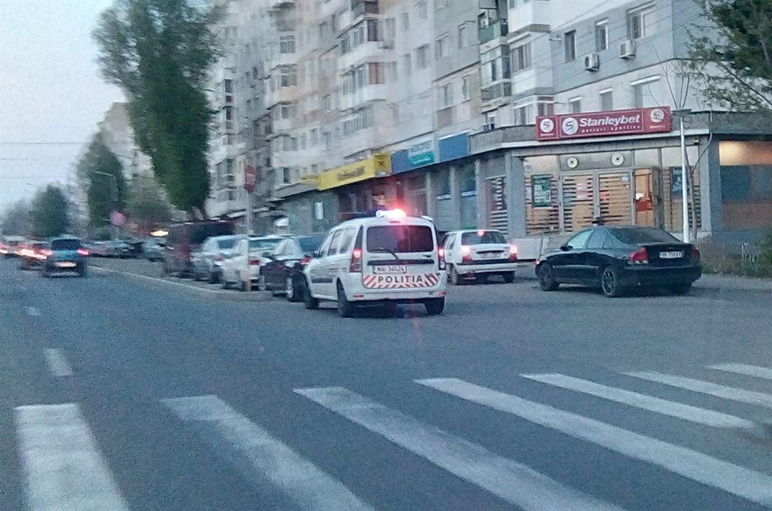 Trei bărbați depistați ieri de polițiști conducând autovehicule deși nu aveau permis de conducere sau cu permisul suspendat