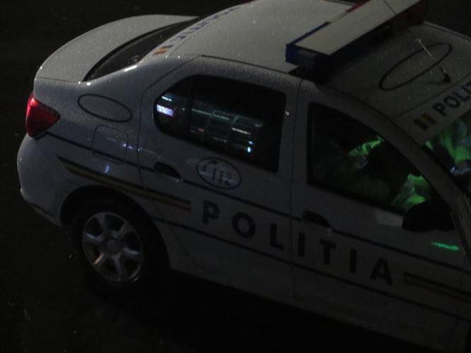 Polițist depistat băut la volan