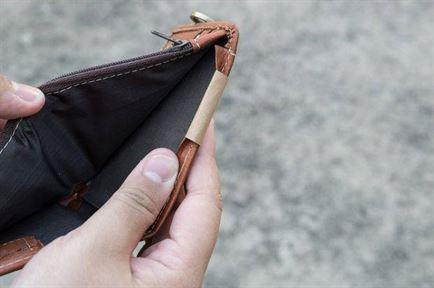 Persoanele fără venituri vor putea alege cum să plătească contribuția de sănătate