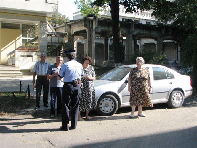 Dacă e miercuri, poliţiştii vorbesc persoanelor vârstnice