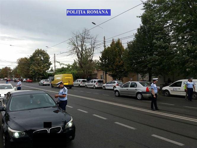 Depistaţi de poliţişti conducând vehiculele sub influenţa alcoolului