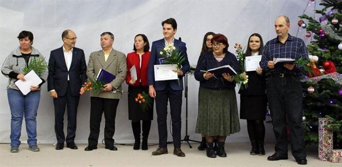Cinci olimpici internaționali din Brăila premiați de Ministerul Educației Naționale