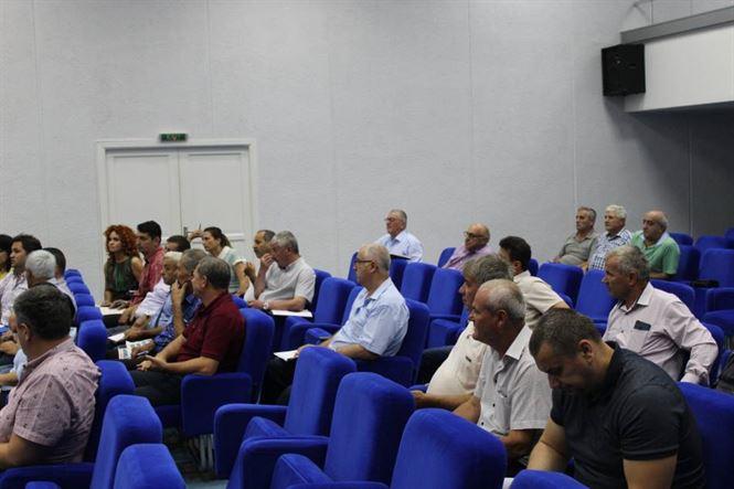 Simionescu a atras atenția primarilor care au excedent bugetar că riscă să nu mai primească alte sume la rectificarea bugetară