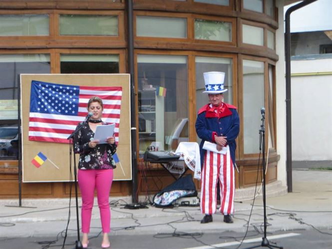 Independence Day, sarbatorita in Braila fara oficialitatile locale