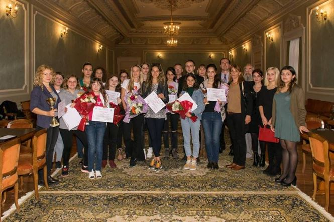 Romanca Irina Bulmaga a castigat Memorialul Maria Albulet