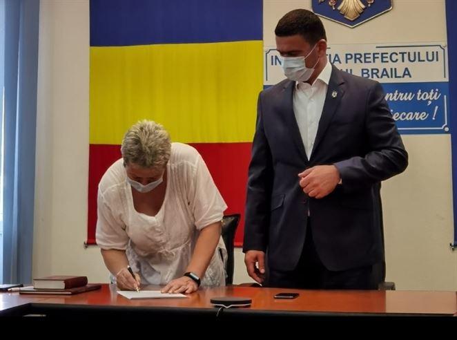 Simona Drăghincescu a depus jurământul în calitate de subprefect