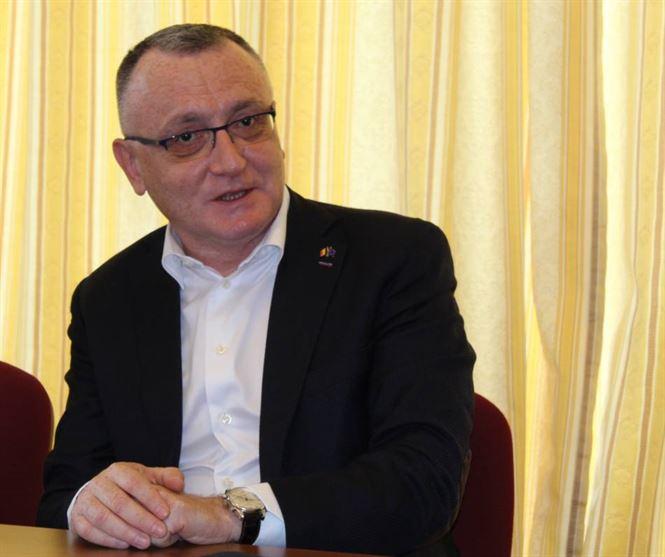 Sorin Câmpeanu propune reducerea numărului de elevi la clasele gimnaziale